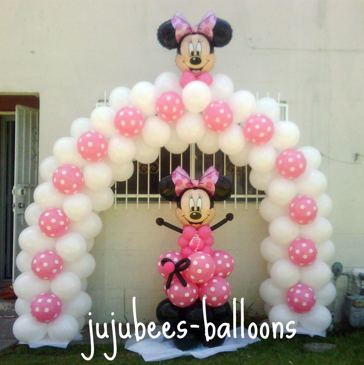 Minnie mouse balloons for Balloon decoration minnie mouse